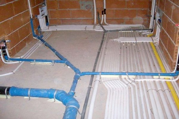impianto idraulico casa NG6 600x402 - Servizi